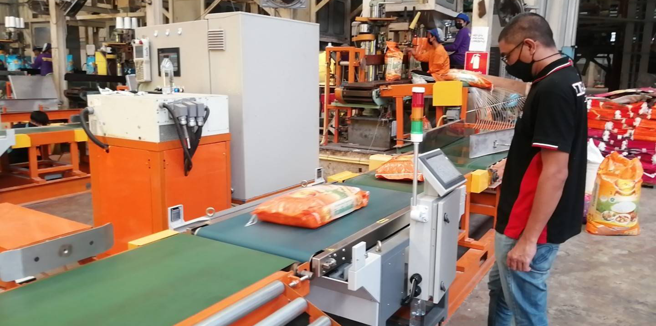 ChexGo 60kg Checkweigher Built in an Automatic Packing Line